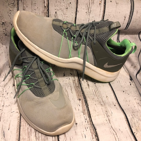 best service 2e6ef 0a331 Nike Darwin Men s Wolf Grey Shoes 11 Cool Green. M 5a5ad51d3afbbd3cc9e7a4ce
